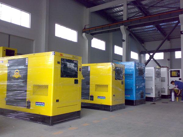 100KW-500KW低zao音和移动电站发电ji组